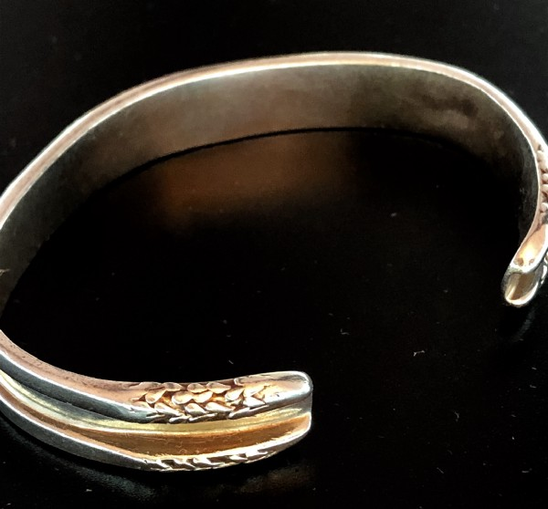 The bracelet described early in the article.